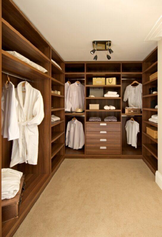 ФотогалереЯ гардеробной комнаты.